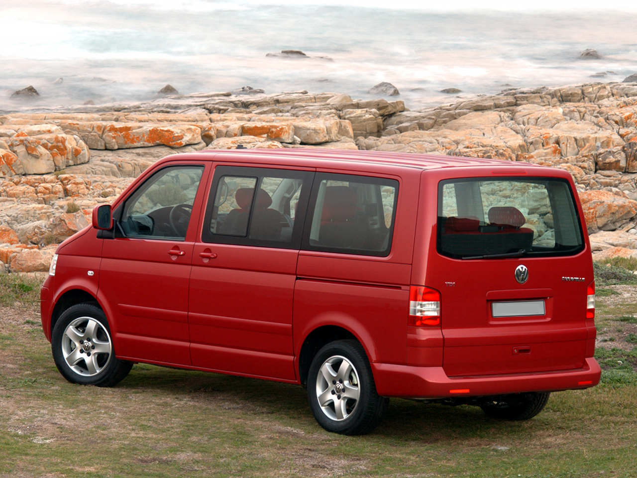 Volkswagen Caravelle 2.5 syncro фото 7