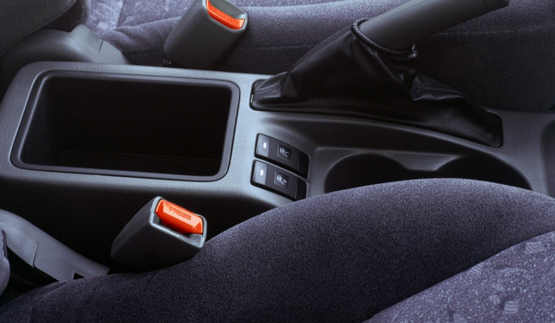 Kia Spectra 1 поколение рестайлинг седан 4-дв.