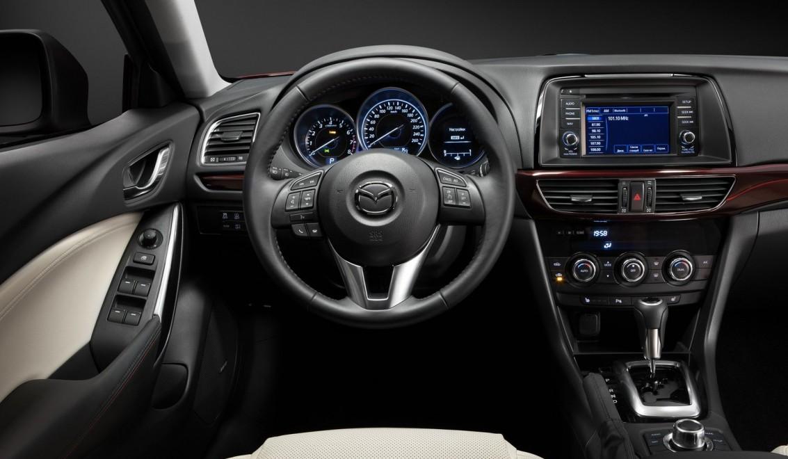 Mazda 3 2019  Largus déjà à bord de la nouvelle